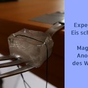 Experiment für Kinder: Eis schneiden